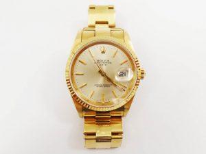 Lotto 97867 Orologio (marchiato Rolex) in oro giallo con cinturino in oro giallo anello in oro bianco con brillanti e pietra Base d'asta: 1.700,00 € - Cauzione: 170,00 €