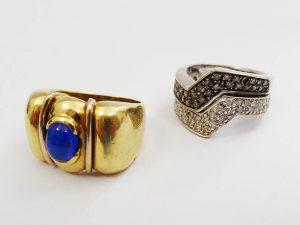 Lotto 98400 Anello in oro giallo con pietra anello in oro bianco con brillanti Base d'asta: 360,00 € - Cauzione: 36,00 €